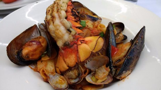 Teahouse in Stanley Park: seafood pasta