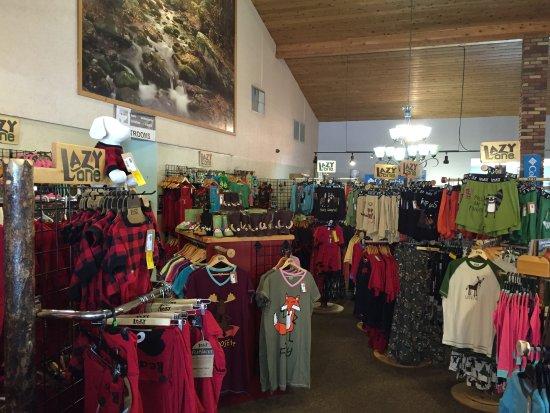 "Bumbleberry Gift Shop: Fun and ""puny"" pajamas"