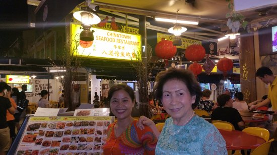 Chinatown Seafood Restaurant: Lee is the owner and Chen is one of the lovely staff members.