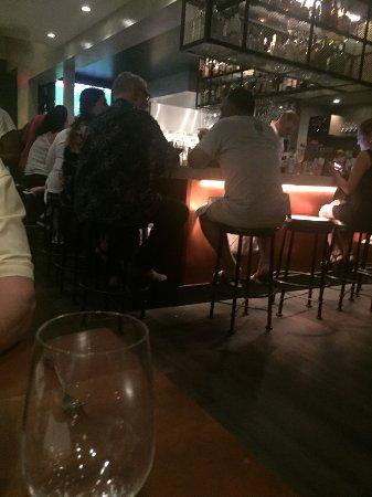 The Wolf: bar