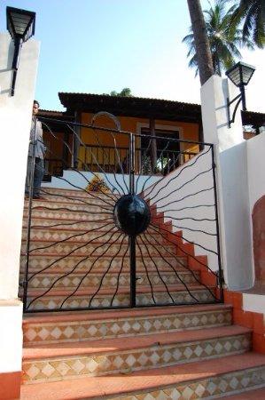 Little Siolim: Entrance gate