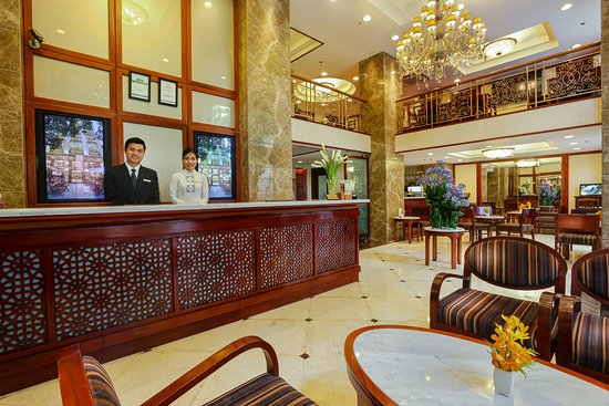 Conifer Boutique Hotel: Lobby & Reception