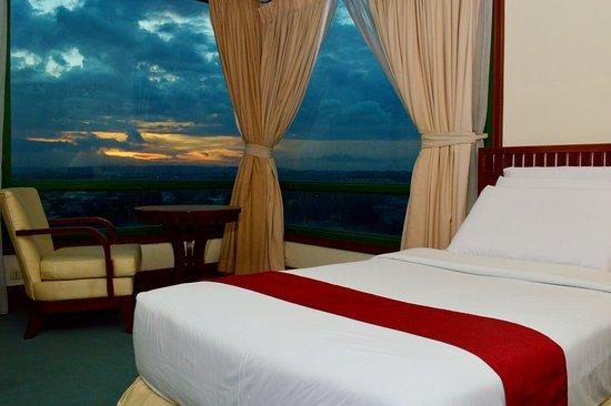 Foto de Grand Regal Hotel