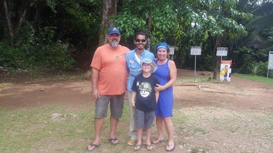 Placencia, Belize: family shot w Mike