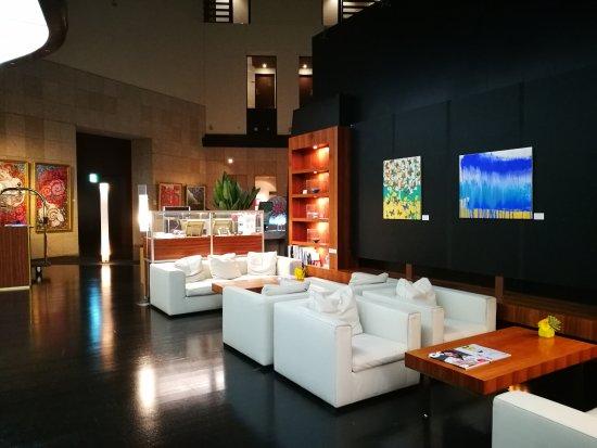 Park Hotel Tokyo: lobby reception waiting area