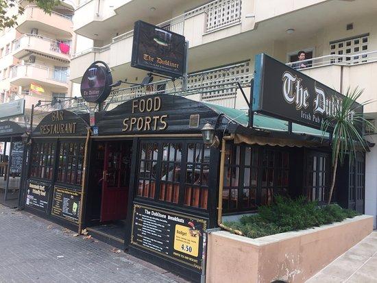 The Dubliner: La façade du restaurant