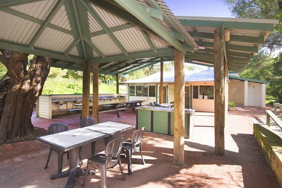 Hamelin Bay Holiday Park: Camp Kitchen