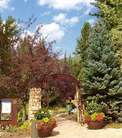 Betty Ford Alpine Gardens