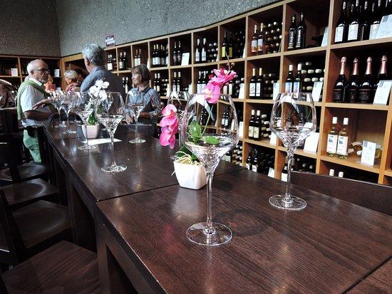 St-Saphorin-Lavaux, Suiza: regionale Produzenten sind breit vertreten