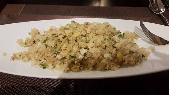 Hoi An Beach Resort: Yum chicken fried rice!
