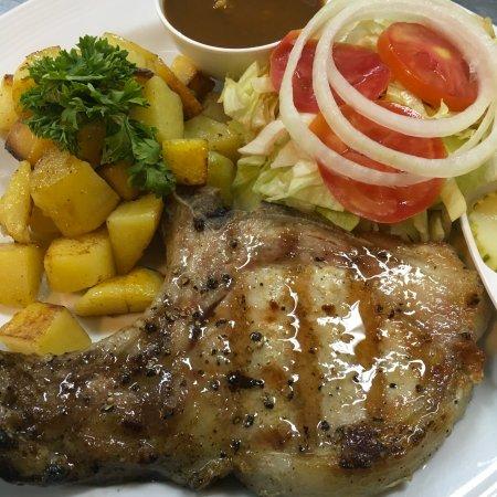 Kata Villa Restaurant : Grilled Pork Chop