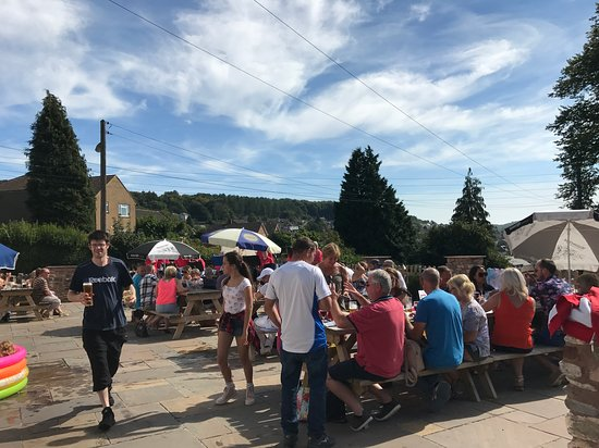 Cinderford, UK: August bank holiday - beach party
