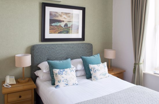 Mullion, UK: Standard Room with ensuite
