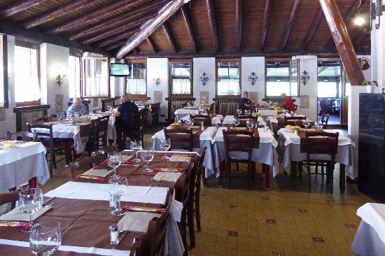 Cremeno, Italien: La sala grande