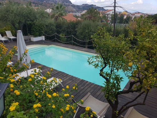 Avocado b b beyond hotel giardini naxos sicilia prezzi 2018 e recensioni - B b giardini naxos economici ...