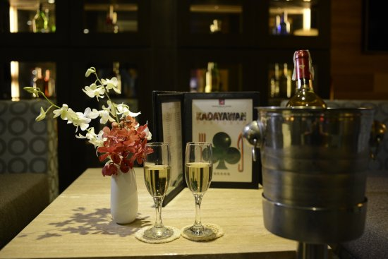 Grand Regal Hotel: Kadayawan Restaurant