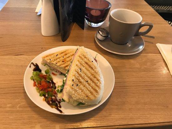 Cafe Schwarz Bad Wildungen  Ef Bf Bdffnungszeiten