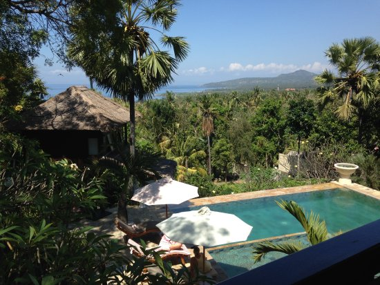 Villa Flow: Balcony view (Room with a View – Suite)