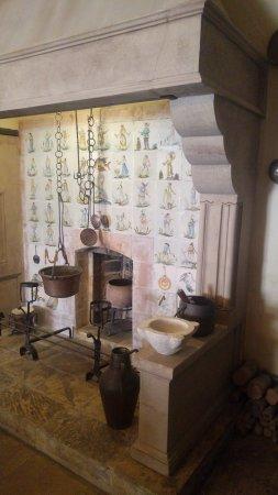 Camino originale della cucina del 700 - Picture of Palazzo Falson ...