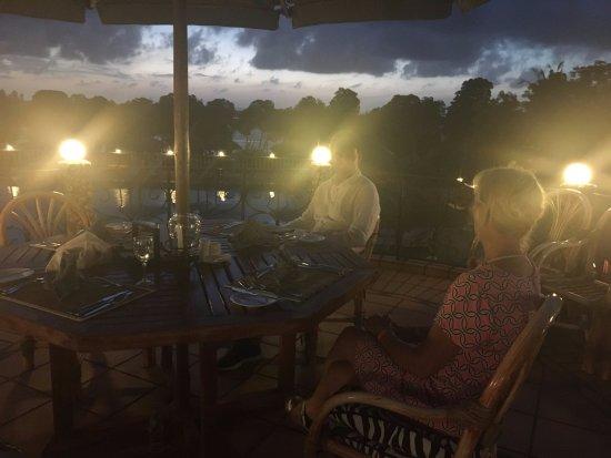 Temple Point Resort: Al fresco dining