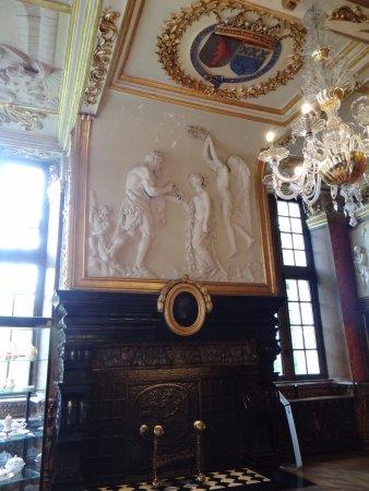 Chateau de Modave : superbe cheminée