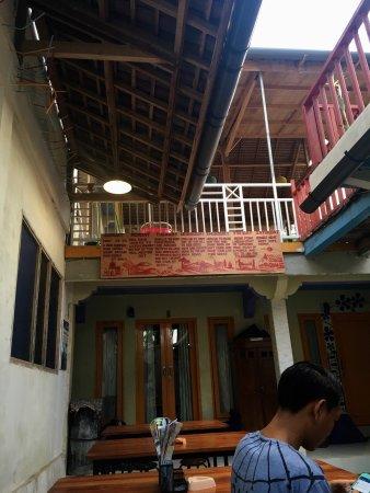 Pemenang, Endonezya: La Boheme Lombok