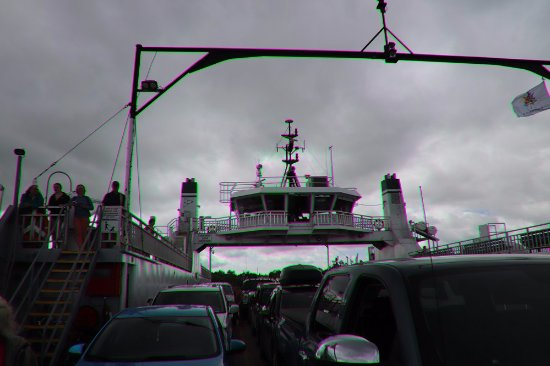 Horne's Ferry: The ferry was ful again