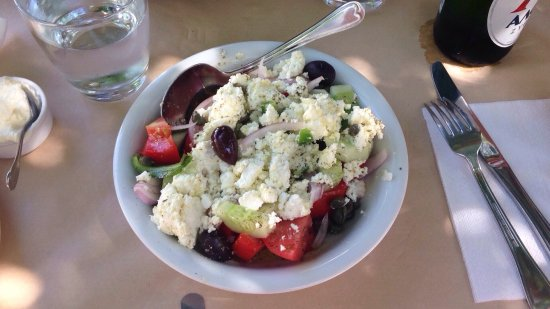 Lefkes, Grecia: Greek salad