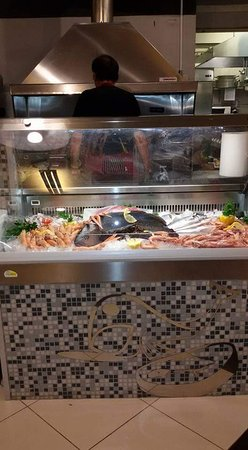 Restaurant Pizza Grill and Fish House MaryFrank: Ristorante Pizzeria Braceria Fish House MaryFrank