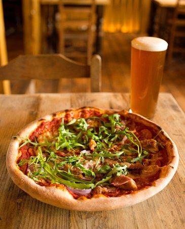 Chippenham, UK: beer and pizza