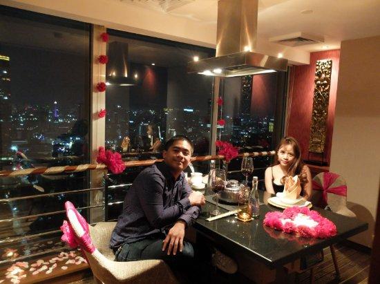 Kahyangan Shabu Shabu and Teppanyaki Restaurant: Such a romantic dinner set with a beautiful view of the City