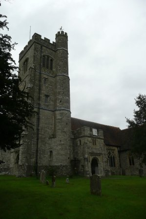 Charing, UK: Side on