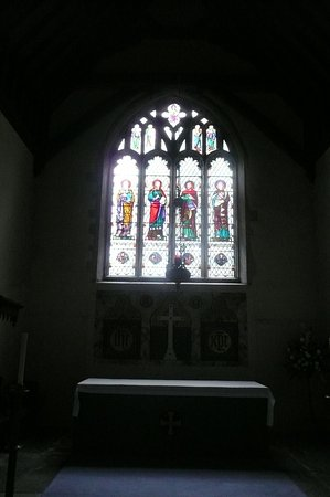 Charing, UK: The altar