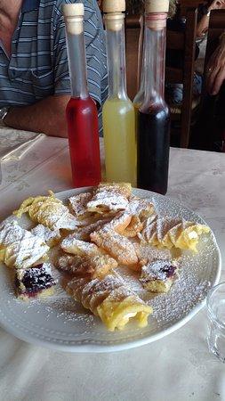 Pizzoferrato, Italien: dolci e liquori