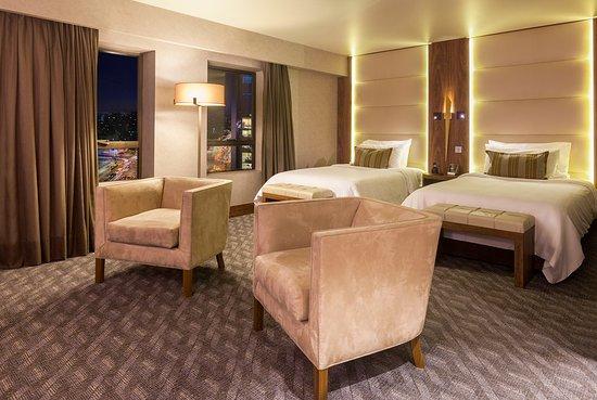 Regal Pacific Hotel: Regal de Luxe Twin