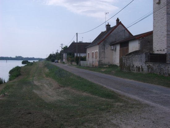 Castel Camping Château de l'Epervière : by the private club