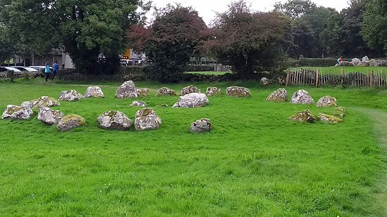 Carrowmore Megalithic Cemetery: Stone circle