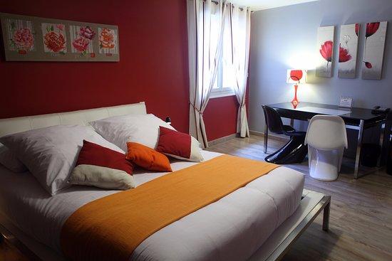 Hotel residence nissan lez enserune france voir les for Chambre 13 hotel