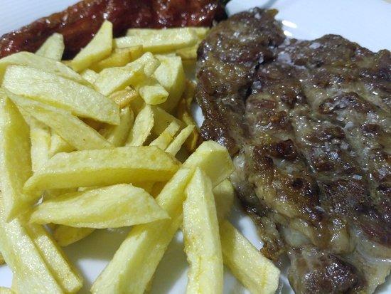 Valverde del Fresno, Spagna: Restaurante Casa Laura