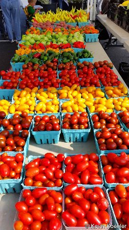 Nice selection of tomatoes, Spotsylvania Farmers Market