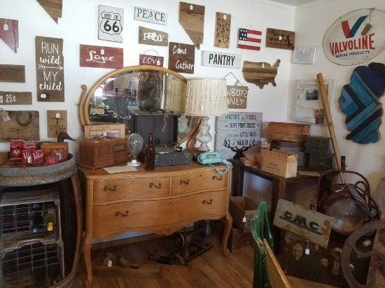 Red Barn Antiques (Minden) - 2020 All You Need to Know ...