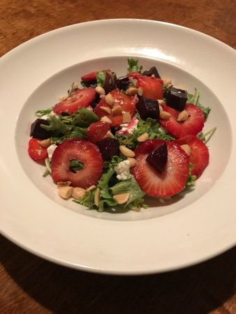 Zelienople, PA: Summer Beet and Berry Salad