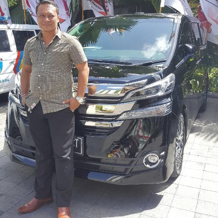 Pandawa Beach Villas & Spa: Sewa mobil di Bali di Puri Trans