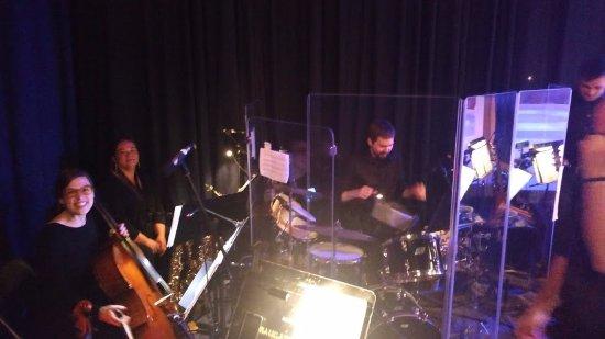 Saugatuck, Μίσιγκαν: live band!