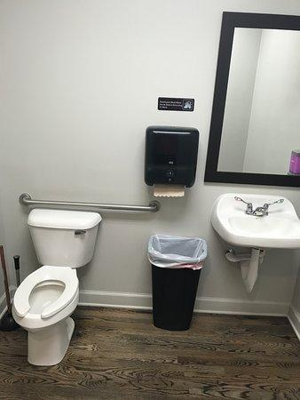 Delaware, OH: inside the mens room