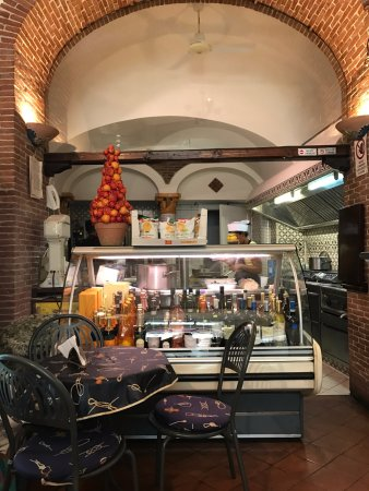 Delicatessen : The cucina behind it all.