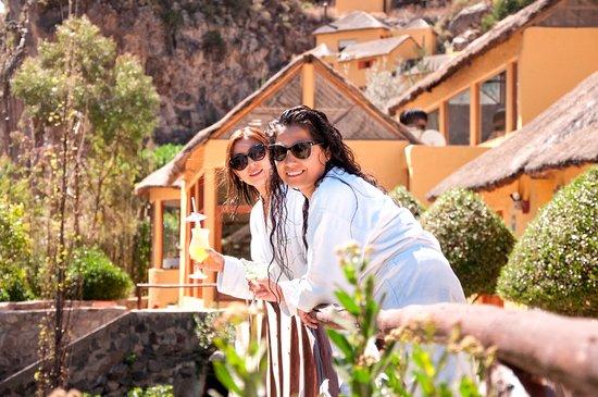 Hẻm núi Colca, Peru: Áreas publicas, vista a la montaña
