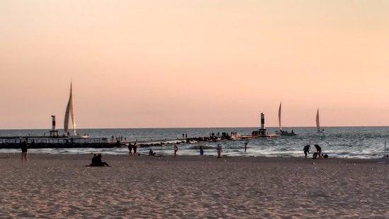 Saugatuck, Μίσιγκαν: boats and surfers
