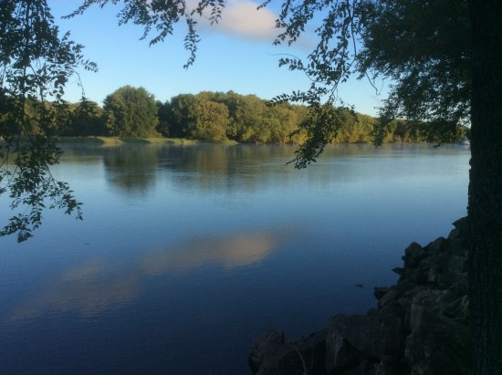 Pettibone Resort: Gorgeous place to wake up to...