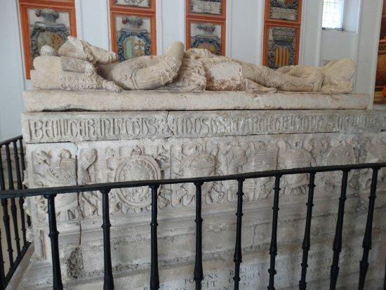 Castrillo del Val, Espagne : Panteón familiar del Cid. Tumba del Cid y Dª Ximena.